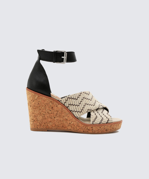 URBANE WEDGES IN BLACK-WHITE -   Dolce Vita
