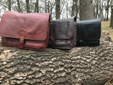 The Barnack Messenger.  A large work bag by Burghley Bags.  Handmade with eco-friendly vegetable tanned leather and comes with an adjustable and detachable shoulder strap. Available in 3 colours.