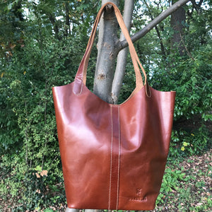 Bucket bag rich tan cow hide leather