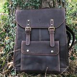 Retro-modern 2-in-1 leather rucksack