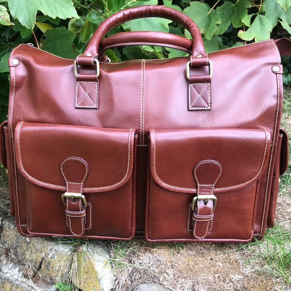 The Exton. An elegant leather briefcase by Burghley Bags