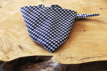 Load image into Gallery viewer, Blue Houndstooth Bandana