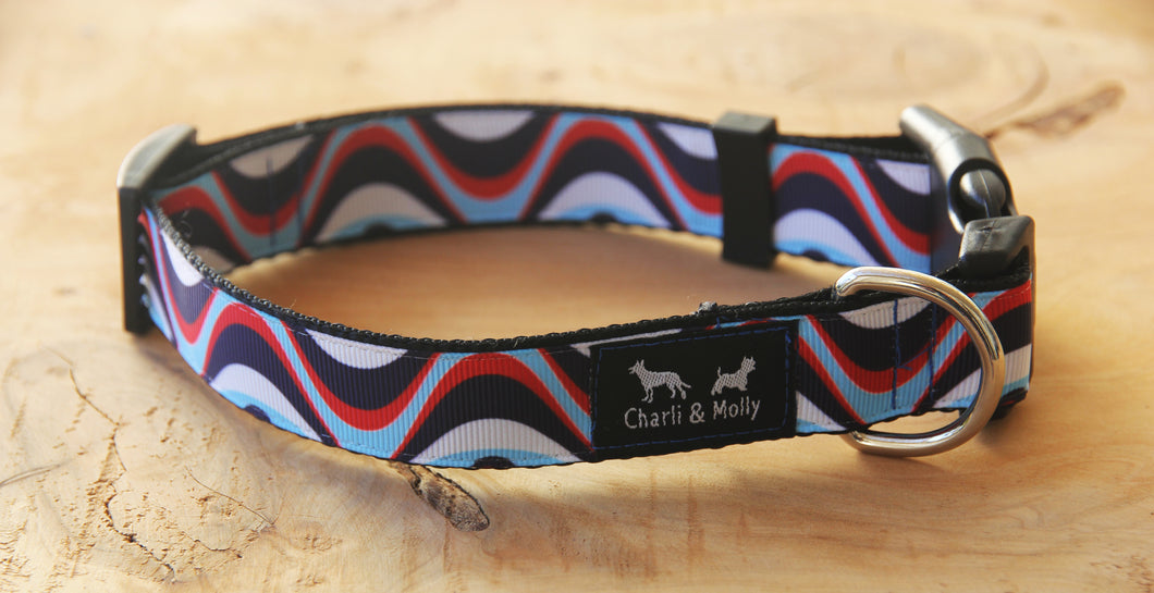 Ocean Waves Dog Collar