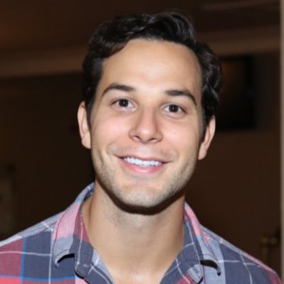 Learn about Skylar Astin from Stagedoor Manor!