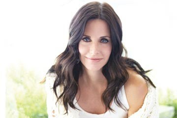 The one and only, Monica Geller--I mean, Courteney Cox!