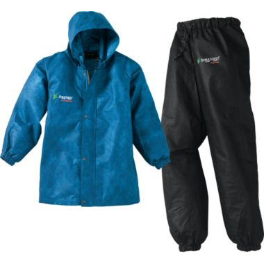 A great summer camp rain suit to stay dry during summer storms