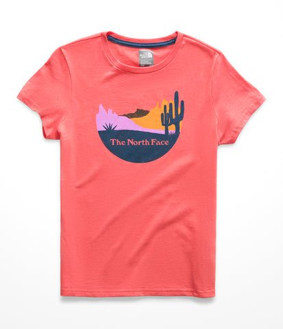 The North Face Short Sleeve Graphic Tee – Girls|NF0A3NJZHEY-YS|NF0A3NJZHEY-YM|NF0A3NJZHEY-YL|NF0A3NJZHEY-YXL