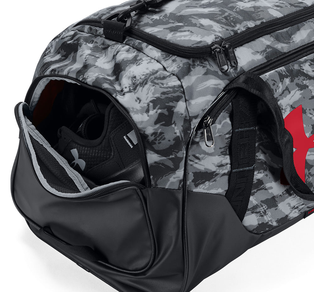 cc0a3cf9da ... Under Armour Undeniable Duffle 3.0 MD view of the shoe pouch ...