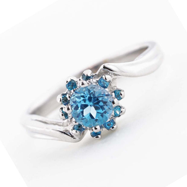 blue gold ring, blue topaz flower ring, blue jewels, blue topaz rings, gems and jewels, flower ring, blue topaz engagement ring