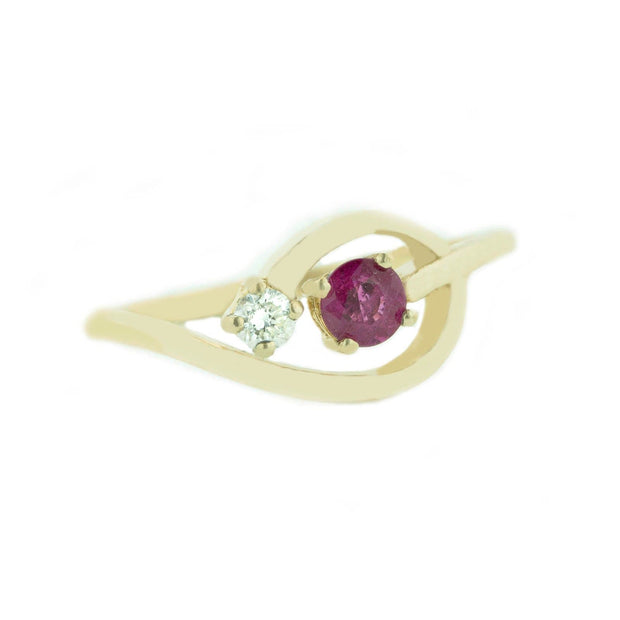 diamond and ruby ring, ruby ring osrs, ruby and diamond ring, red ruby gold, gems and jewels, jewels for me, woman ruby ring