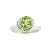 peridot ring white gold, peridot and diamond ring, peridot stone ring, august birthstone, jewels for me, gems and jewels