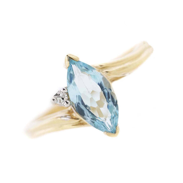 blue topaz marquise ring, blue topaz gold ring, blue jewels, blue topaz engagement ring, gems and jewels, blue gold ring, blue topaz ring