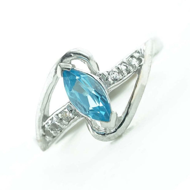 blue topaz ring, blue topaz marquise ring, blue topaz gold ring, topaz rings, blue topaz rings, gems and jewels, blue topaz gold