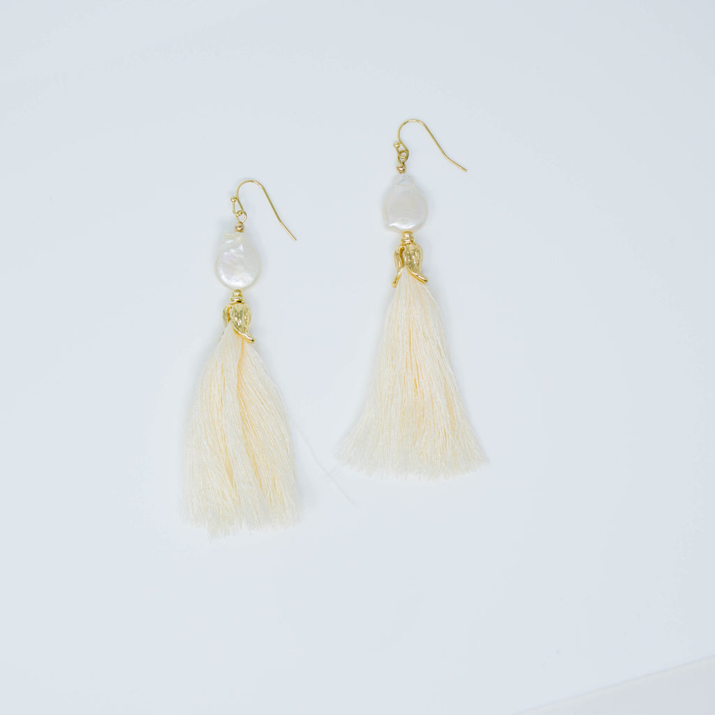 FREYA EARRINGS (CREAM) - Anna Philip