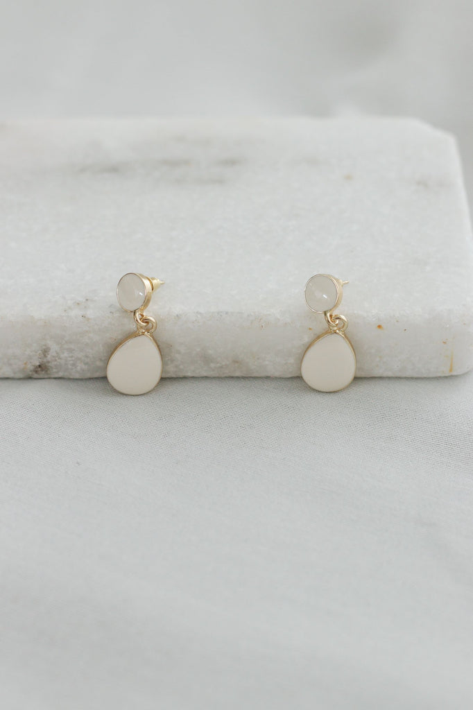 PELUMI EARRINGS - WHITE
