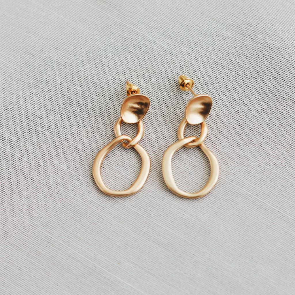 ELORA EARRINGS