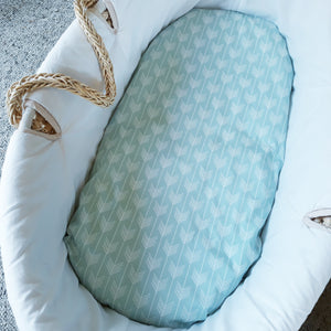 Fitted Moses Basket Sheet - Arrows - Mint