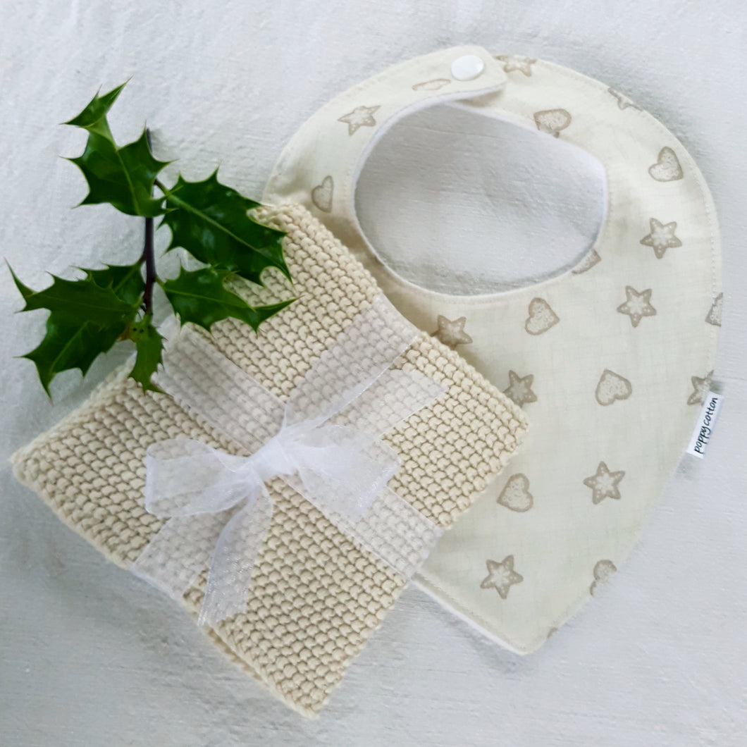 Poppy Cotton Bib and Knitted Cotton Wash Cloth