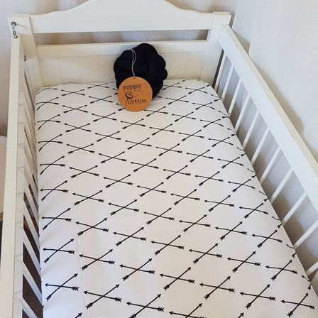 Fitted Cot Sheet - Black Arrows on White
