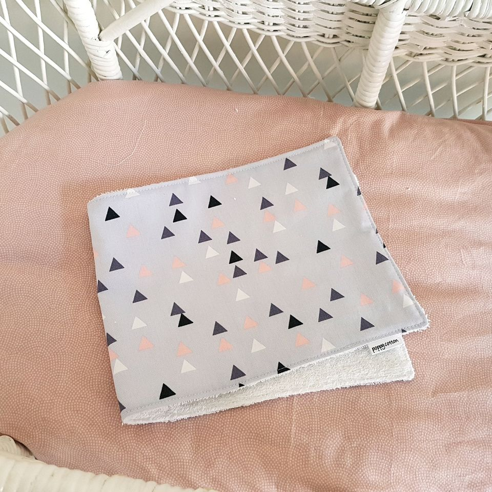 Burp Cloth - Pink & Gold Triangles on Lavender