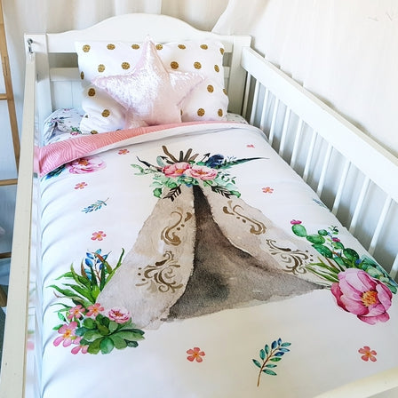 Cot Quilt - Floral Teepee