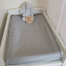 Load image into Gallery viewer, Change Mat Cover / Bassinet Sheet - White Stars on Grey