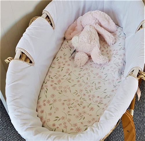 Fitted Moses Basket Sheet - Pink Daisy