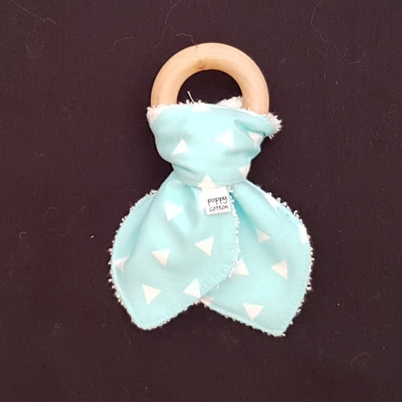Organic Maple Teether - Aqua Triangles
