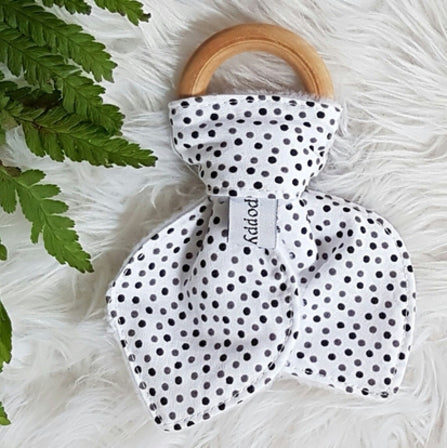 Organic Maple Teether - Black Monochrome Dots