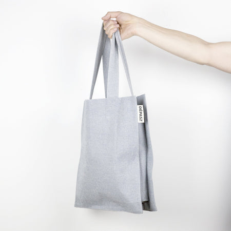CLASSIC AND STRIPES - Shopper aus recycelter Jeans