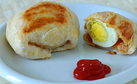 Goodfood egg puffs pack of 2 including packing charge,available time 10am To 7pm