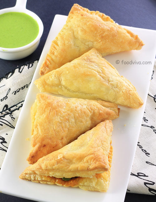 Goodfood Vegetable Puffs pack of 2 including packing charge,available time10am To 7pm