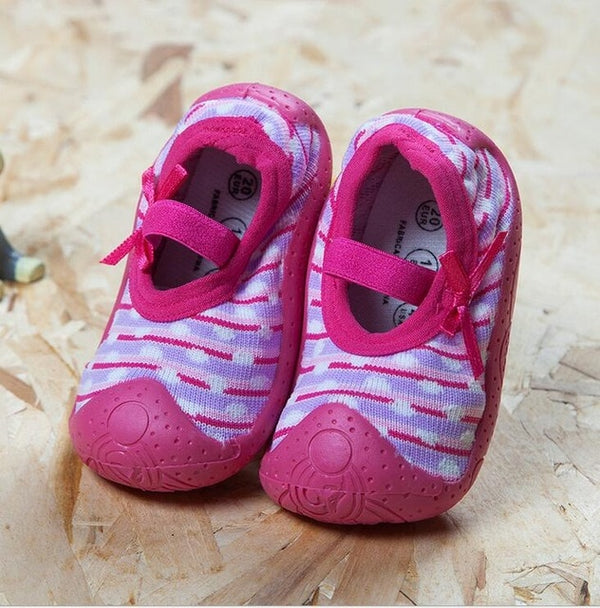 Fuchsia Baby Girl Sock Shoes