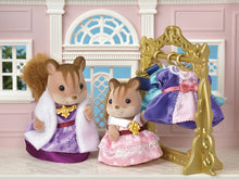 Load image into Gallery viewer, Calico Critters Dress Up Set