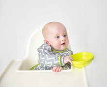 Load image into Gallery viewer, Kushies Cleanbib Waterproof with Sleeves