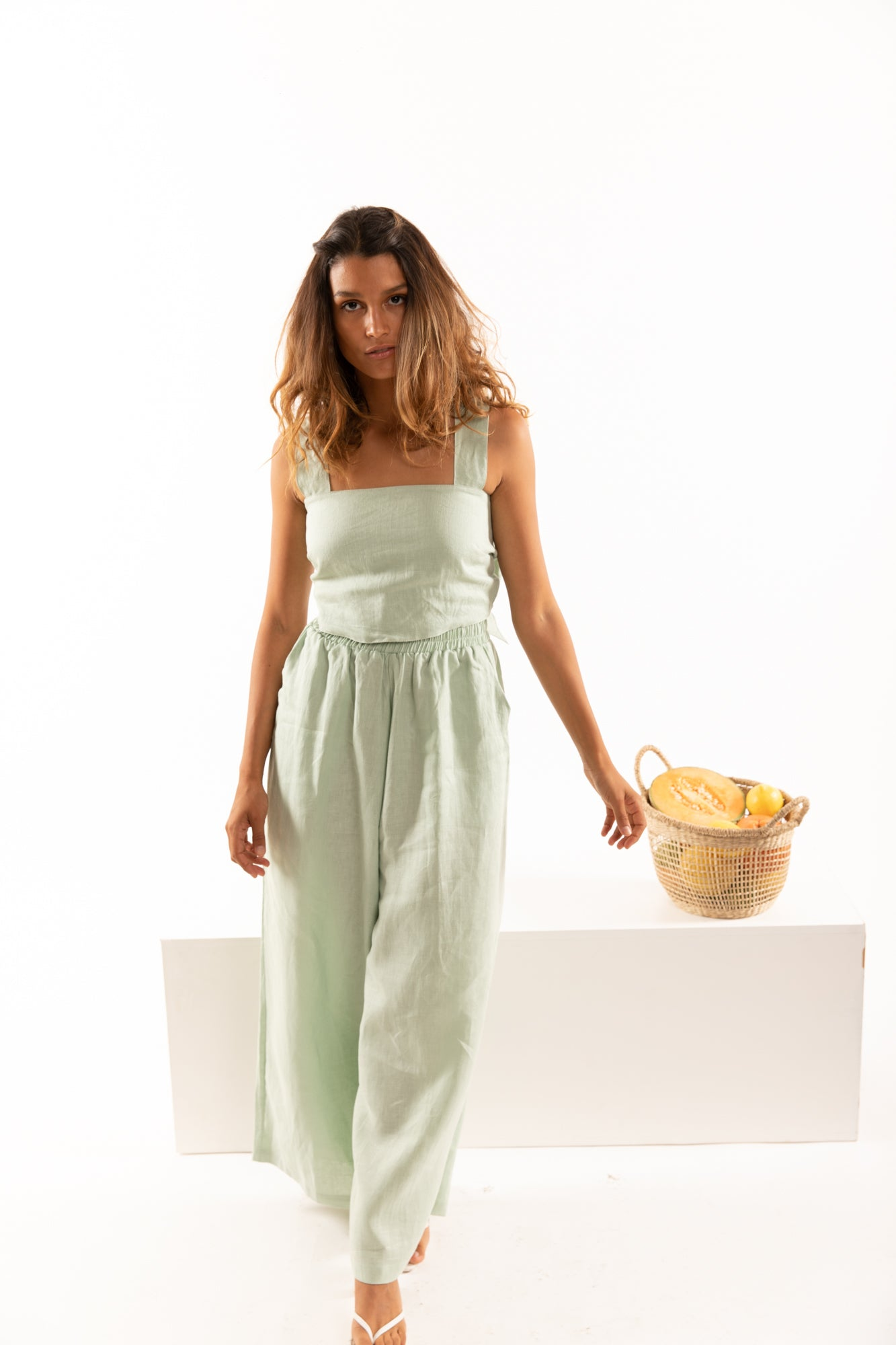 The Zephyr Linen Pants in Lime