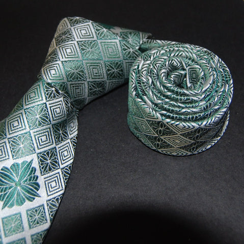 Chrysanthemum Diamond-Green Silk Tie