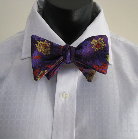 Purple swirl bow tie