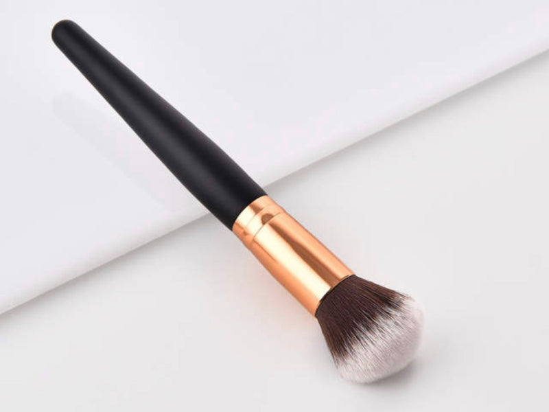 Powder Brush with soft bristles