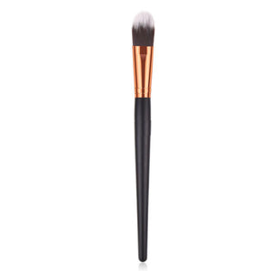 Foundation Brush with flat, soft bristles