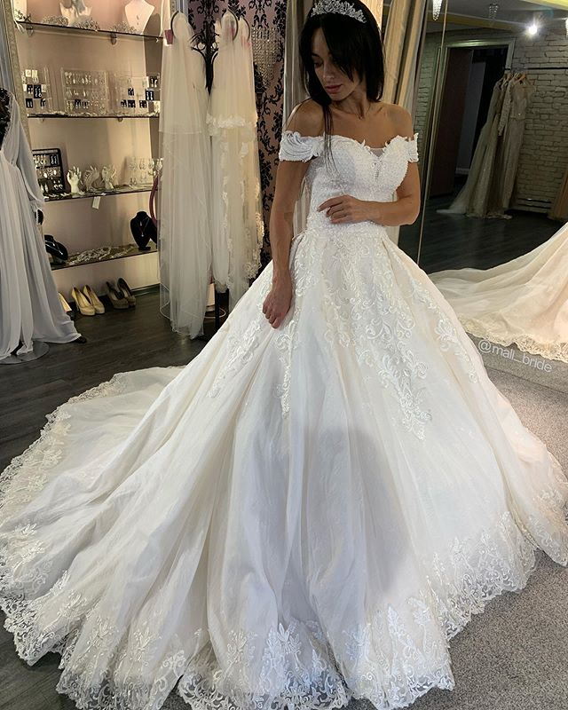 Pearls Wedding Dress Lace Ball Gown 2020 Off Shoulder Phylliscouture,Tulle And Lace Wedding Dresses