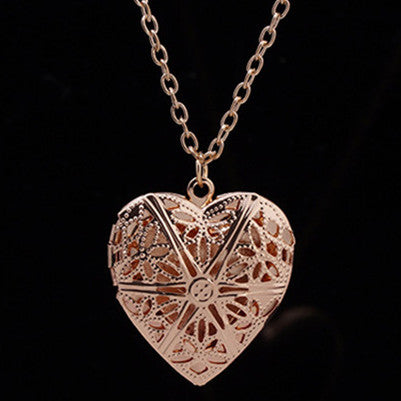Hollow Geometric Heart Charm Pendant Necklace