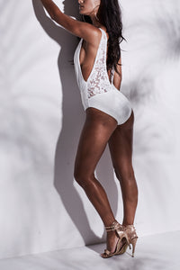 WHITE LACE BACK PLUNGE SWIMSUIT