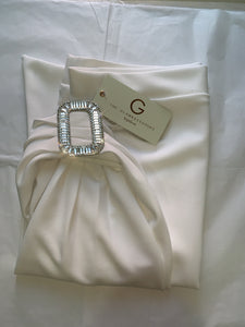WHITE LUXE CREPE CRYSTAL BUCKLE SKIRT