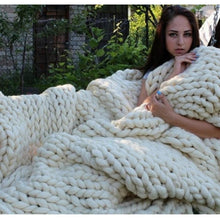 Load image into Gallery viewer, Chunky Knit Blanket