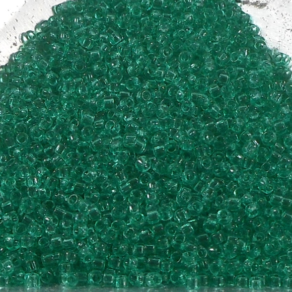 15/0 Toho Transparent Beach Glass Green