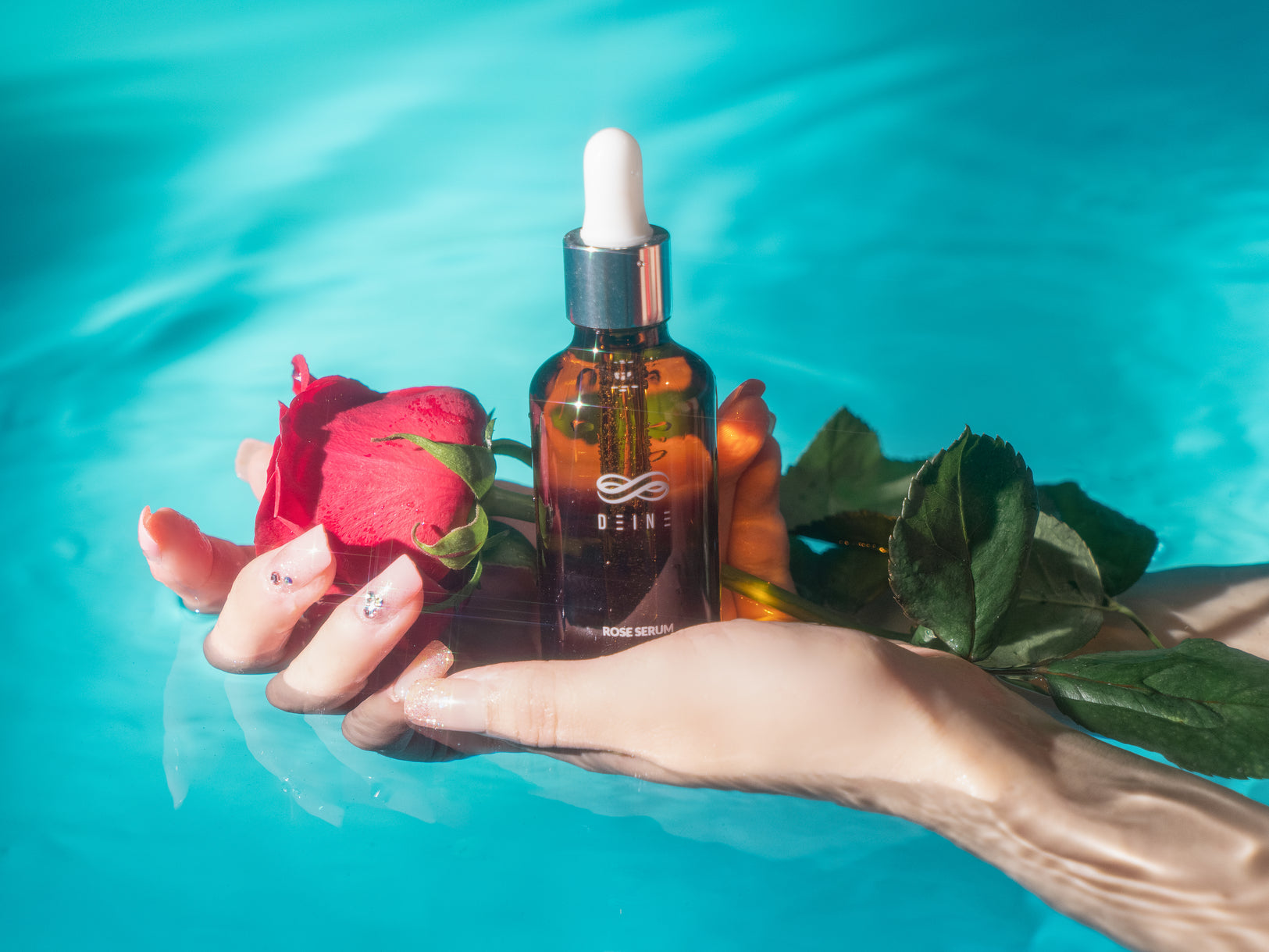 Rejuvenating Rose Serum