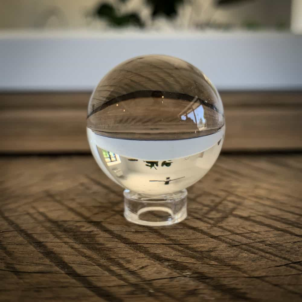 ACRYLIC MINI ORB STAND