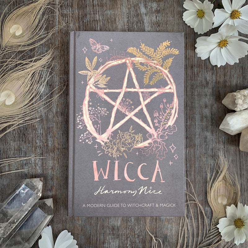 WICCA - A MODERN GUIDE TO WITCHCRAFT & MAGICK