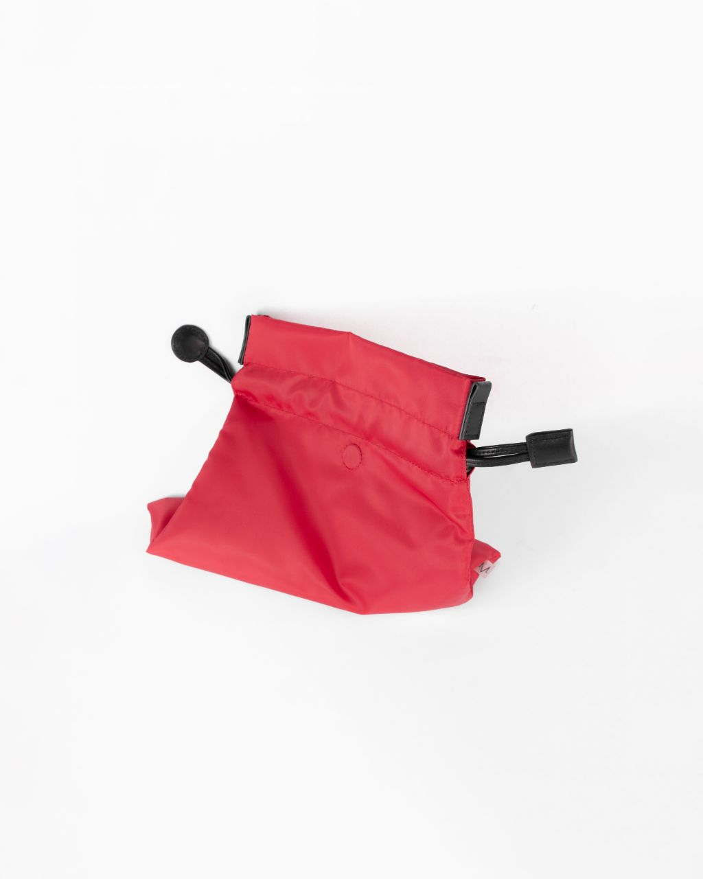beans bag in red water repellent nylon and leather strap top